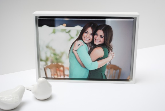 Photo on Canvas - Two Sisters Hugging