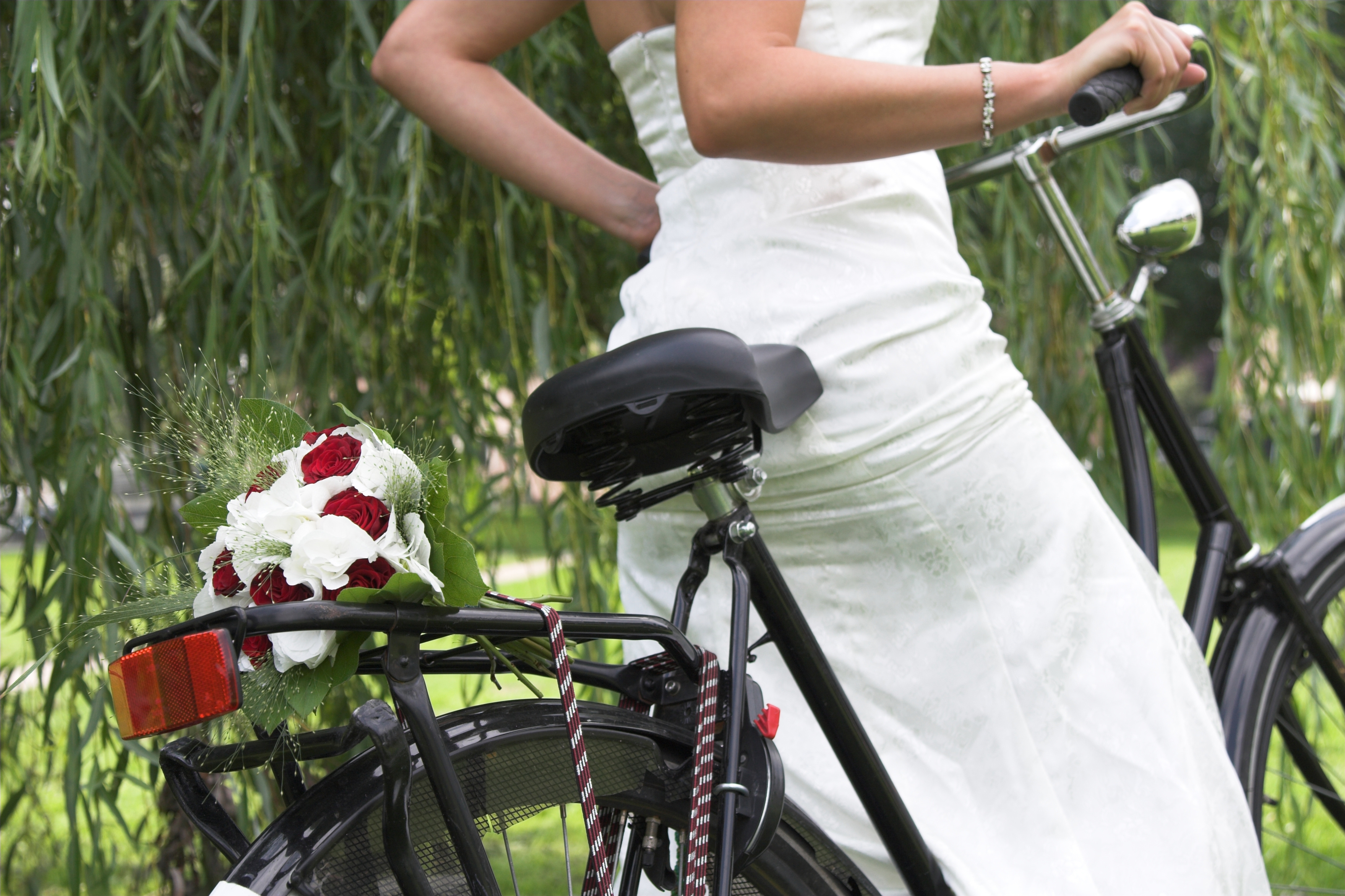 Having fun with wedding photography - Pose photo mariage ...