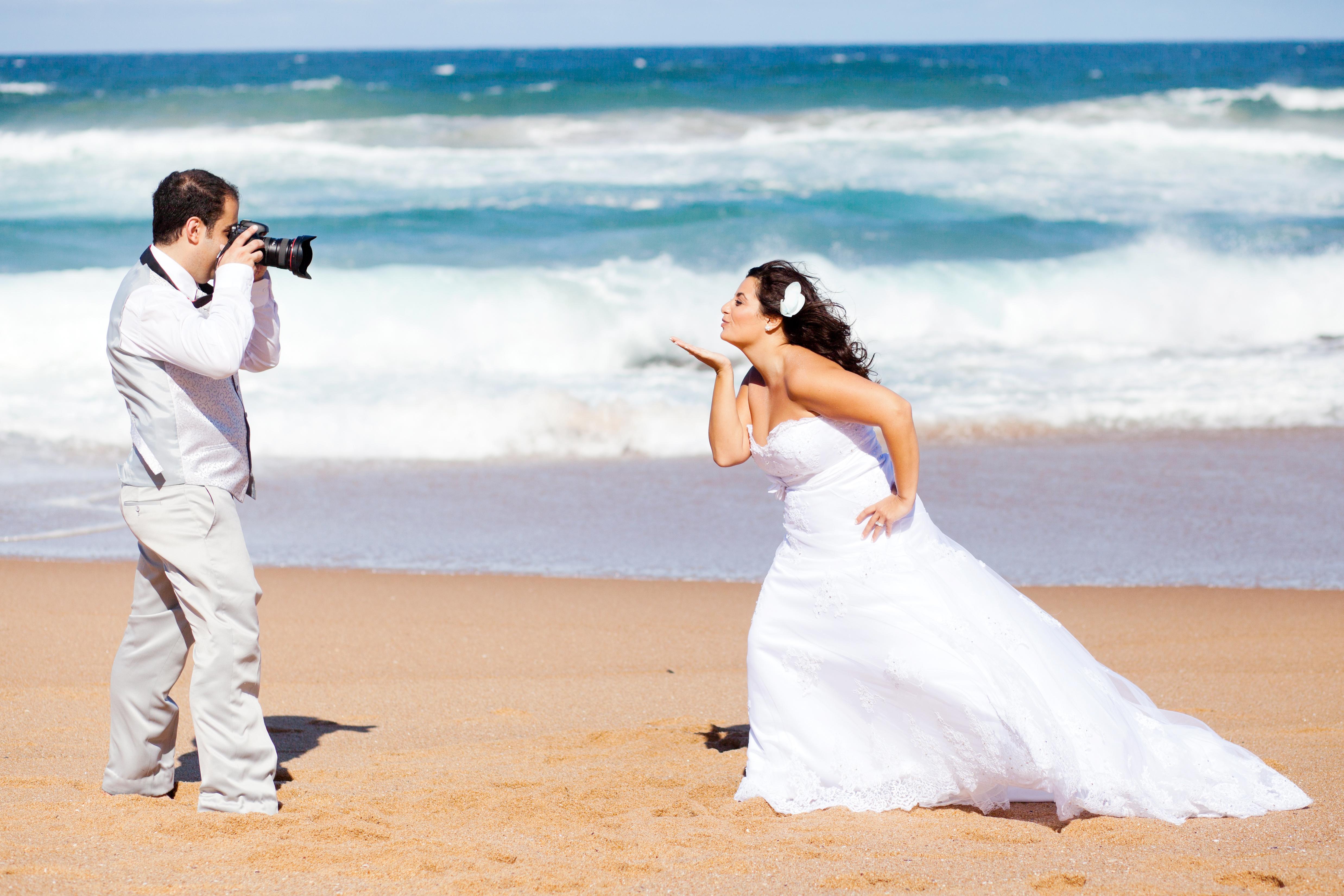 Having Fun With Wedding Photography
